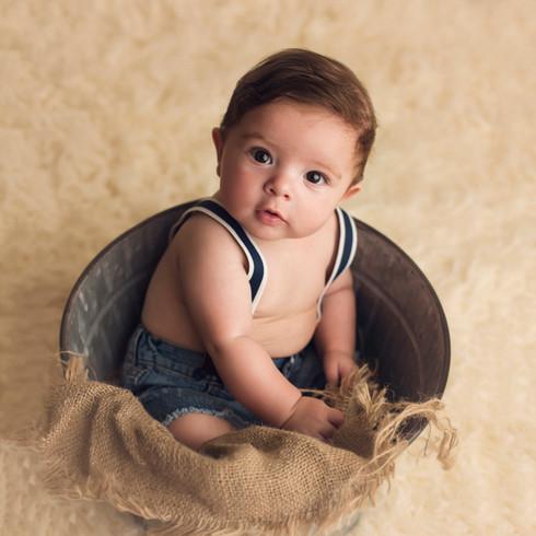 #childphotographer #milestonesessions #fourmonths