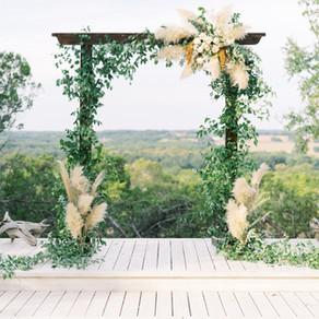 LUCKY ARROW RETREAT WEDDING INSPIRATION