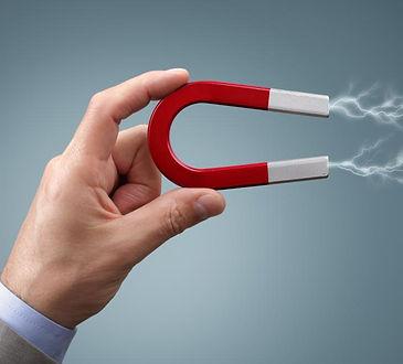 hand-holding-magnet.jpg