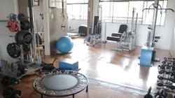 Sala de treinamento resistido indoor