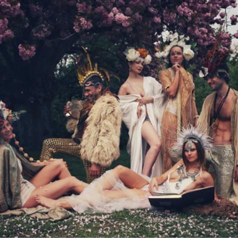 Join the Hedoné Paris CREW