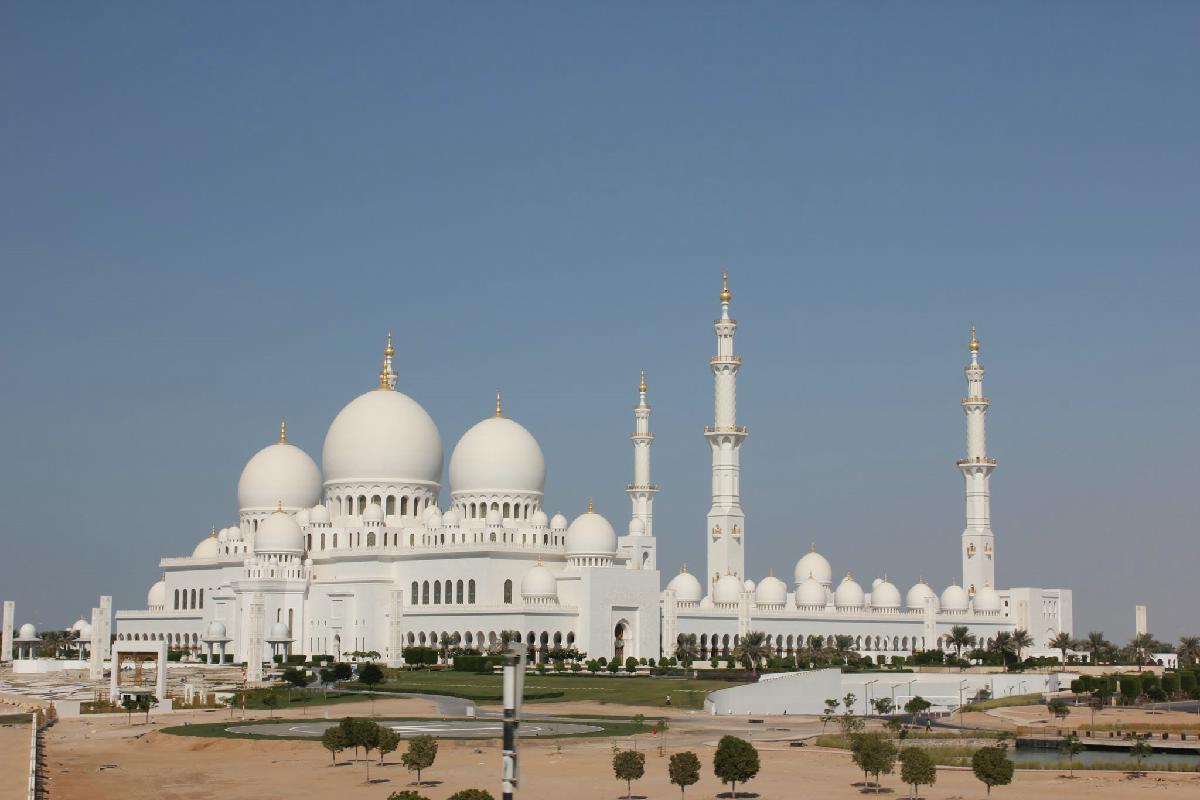 020 - Abu Dhabi  - Eric Pignolo.JPG