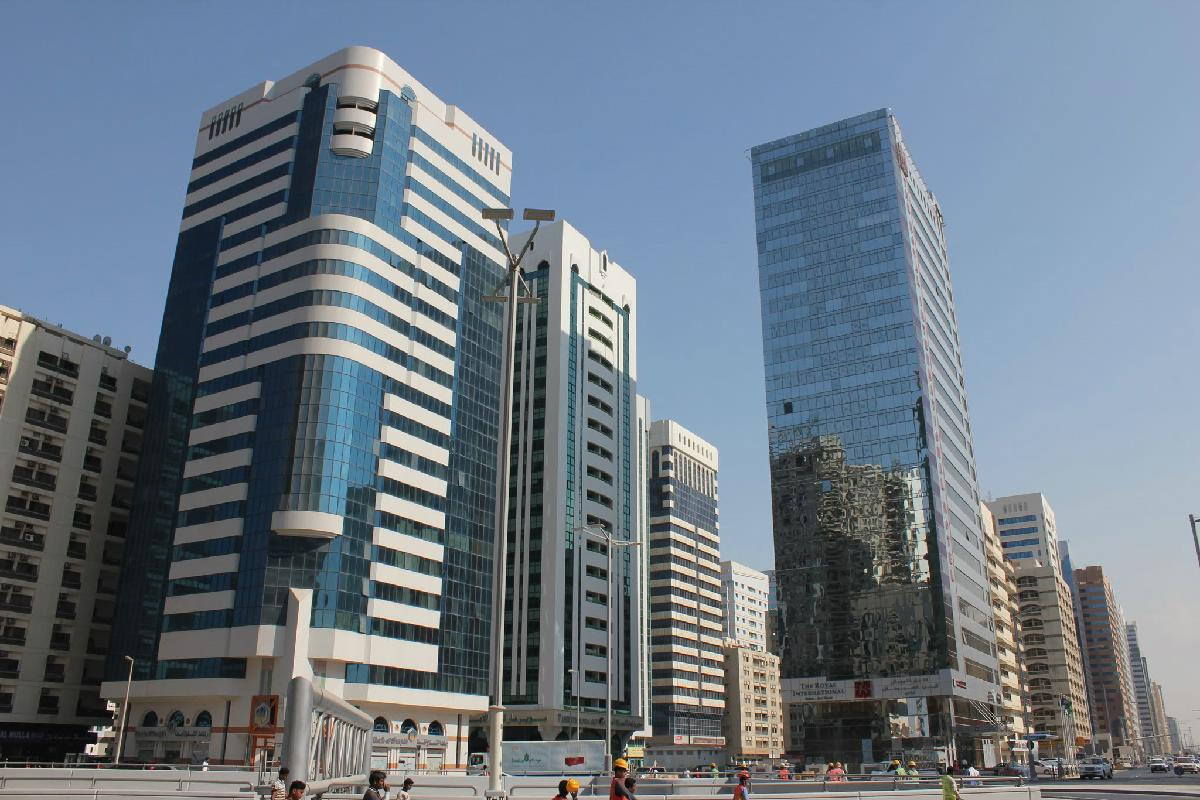 001 - Abu Dhabi  - Eric Pignolo.JPG