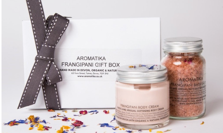 http://www.aromatika.co.uk/collections/gifts/products/gift-box-frangipani