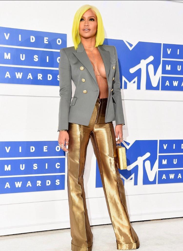 Cassie VMA's