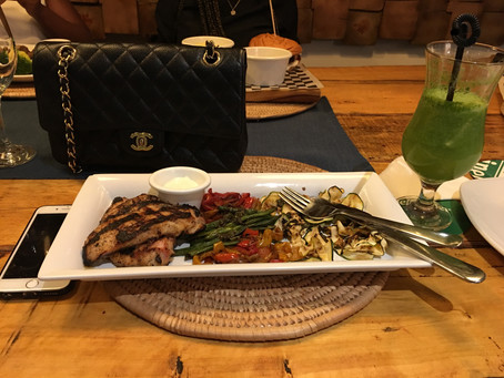 REVIEW || The Backyard Bar & Grill