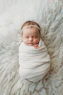 LolaStaiano-Newborn-7-Edit.jpg