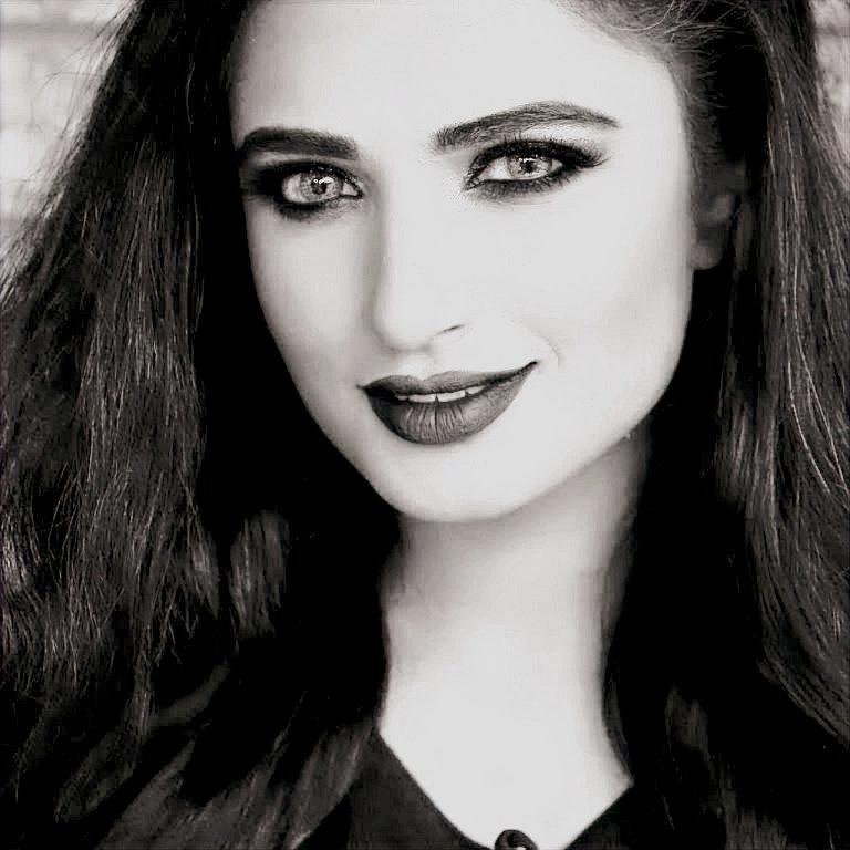 Visit Yusra Sultan Website