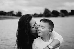 kissing son
