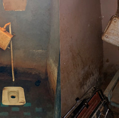 Stato attuale dei servizi igienici dei moduli dormitorio esistenti del KPCS di Kabanga, Kigoma