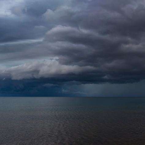 Tormenta sobre el lago Tanganica, Kigoma, Tanzania