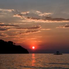 Sunset desde la playa de Casa Karibia, Kigoma, Tanzania