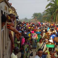 Parada en el trayecto de la Línea Central de Ferrocarril de Tanzania
