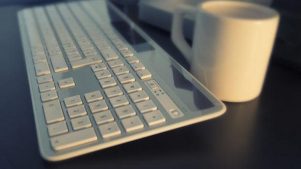 keyboard-561124_1280.jpg