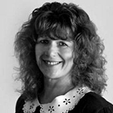 Tracey Robbins