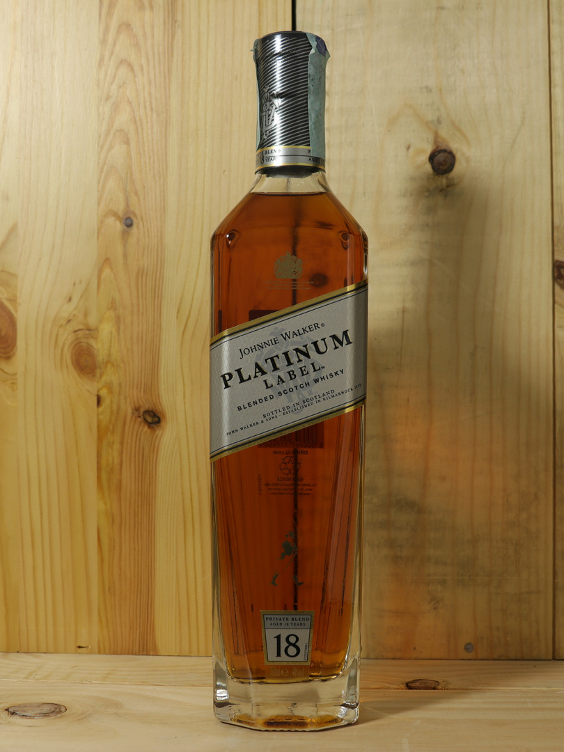 Johnny Walker Platium - WHISKY