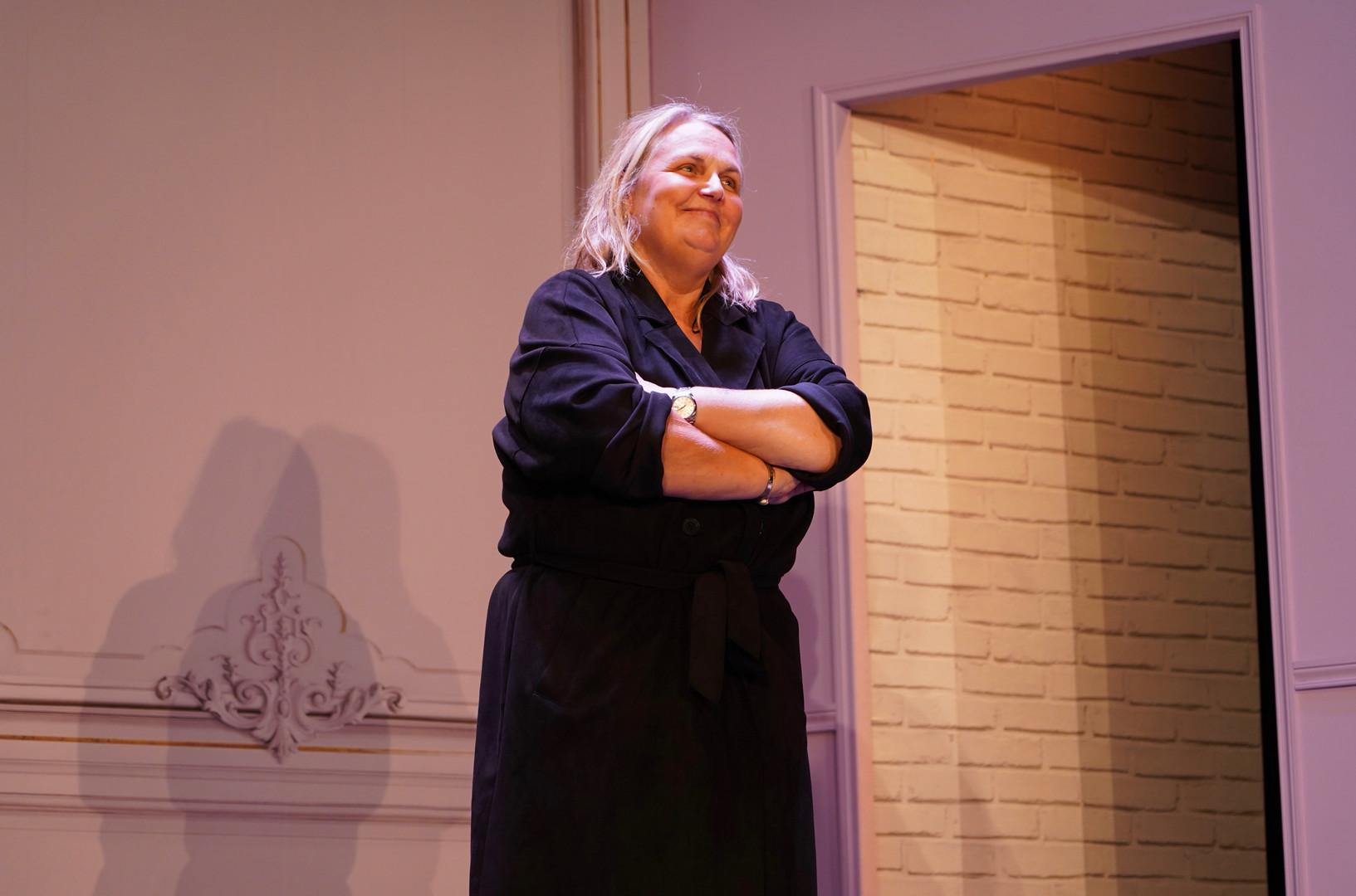 Valérie Damidot dans Gwendoline