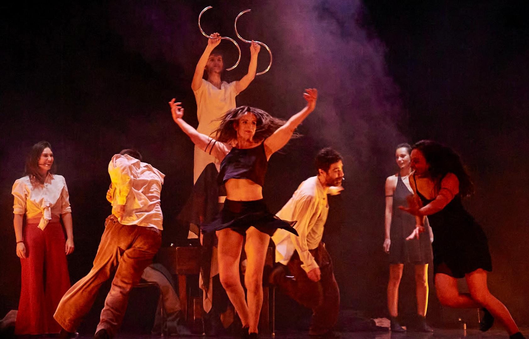 CHLA20200VIVE LA VIE spectacle Gaité Montparnasse1L-Pièce_Theatre_Vive_la_vie-00