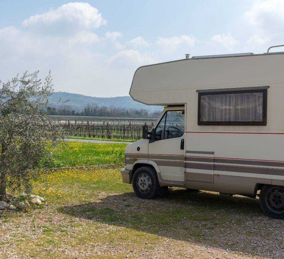 Benefits of Installing a Cellular Signal Booster in Your RV