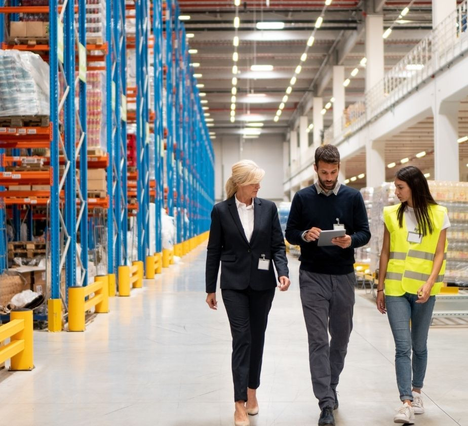 Advantages of Using Cellular Signal Boosters in Warehouses