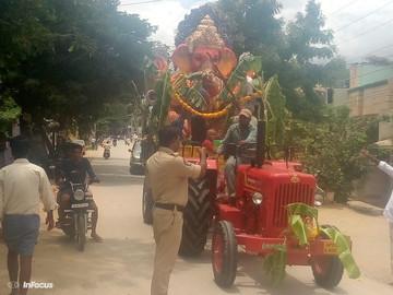 బి కొత్తకోట లో 60 విగ్రహాలకు నిమజ్జనం.......