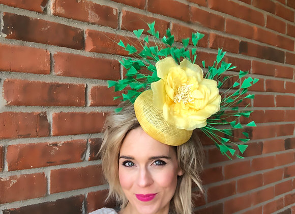 Yellow green Kentucky Derby fascinator hat Kentucky Oaks Thurby Racing Fashion Steeplechase headpiece feather silk flower