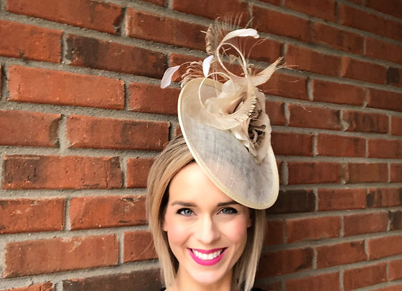 beige tan neutral Kentucky Derby fascinator hat Kentucky Oaks Thurby Racing Fashion Steeplechase headpiece feather flower