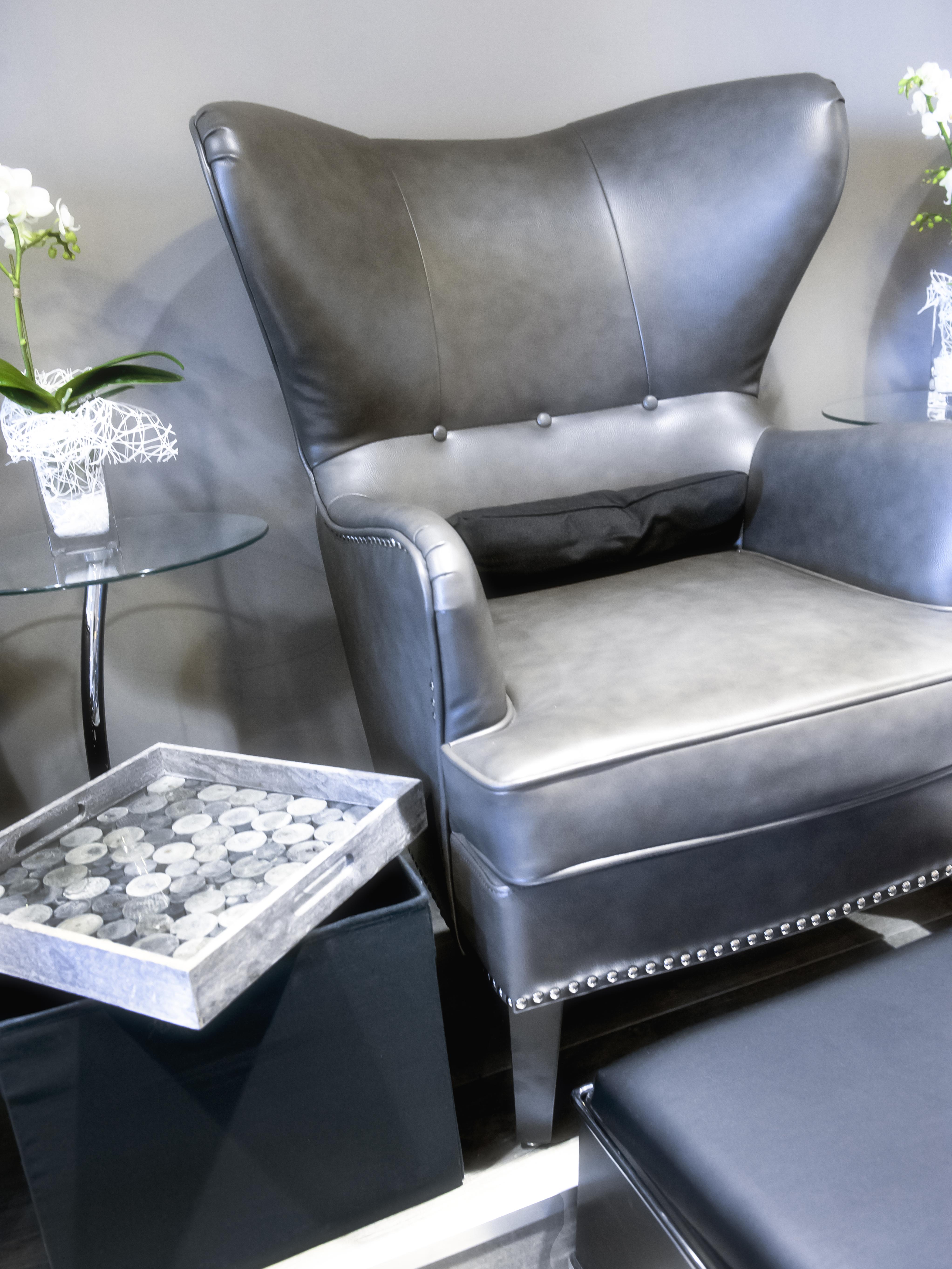 interior 02 PED chair closeup soft