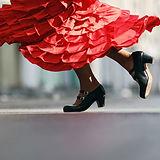 Красный фламенко платье
