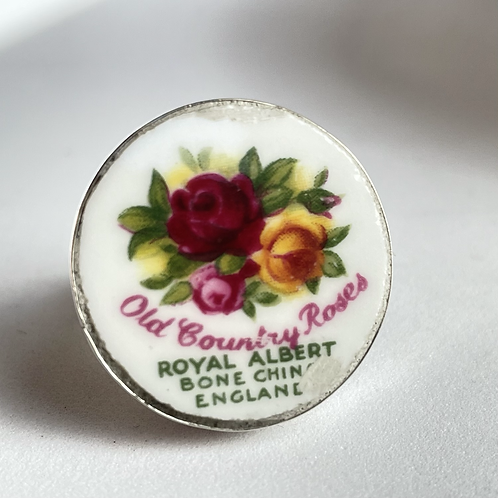 Royal Albert 'Old Country Roses' vintage china ring