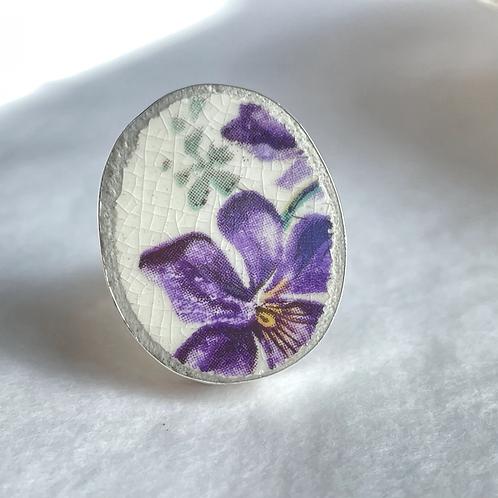 Davison and Sons 'Violet pattern' vintage china ring
