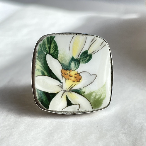 Tuscan 'Bridal Flower Orange Blossom' vintage china ring