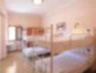 habitación compartida de 4 camas