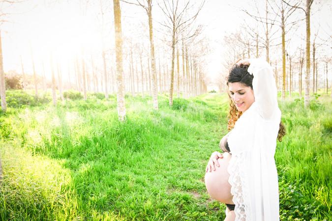 צילום הריון בטבע