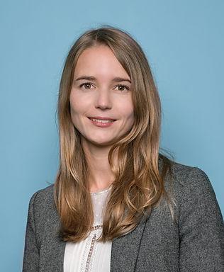 Portrait Corporate Femme par Jérôme Mündler