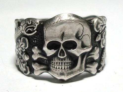 WW2 German skull ring (Anti Partisan)