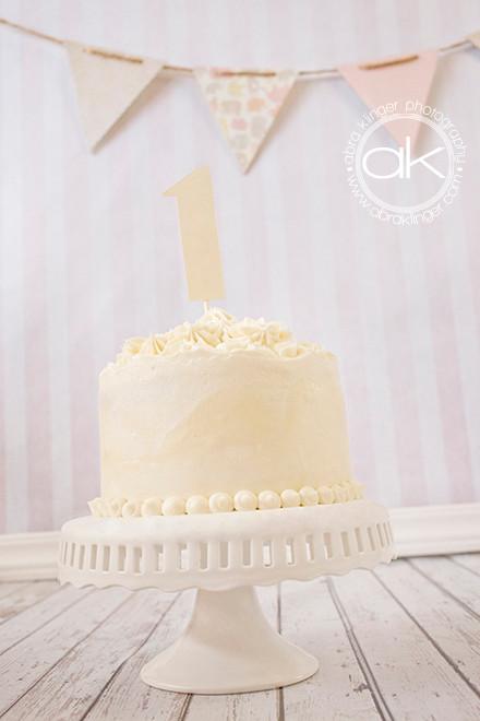 Beautiful cream colored cake