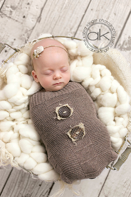 Brown knit sack