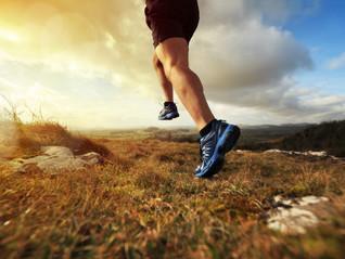 Evita lesiones al correr en montaña