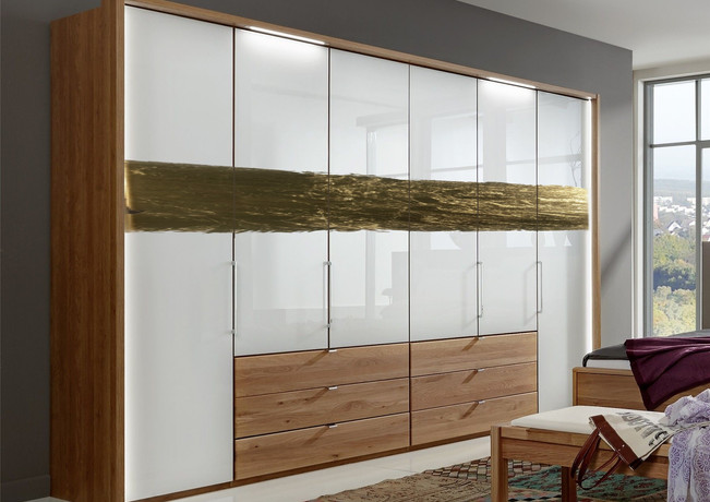 Wardrobe Panels with Leafing