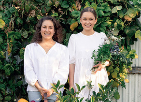 Two Raw Sisters: All Eaters Welcome by Rosa and Margo Flanagan