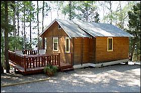 cabin_1bed_exterior.jpg