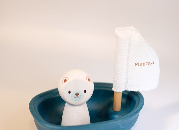 Polar Bear Sailing bath boat - Plan Toys