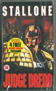 Judge Dredd 1995 VHS (Free Postcards)