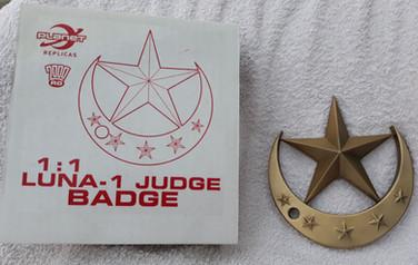 Planet Replicas: Lunar Judge Badge