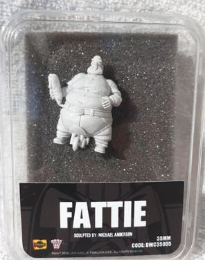 Dark World Creations: Fattie 35mm