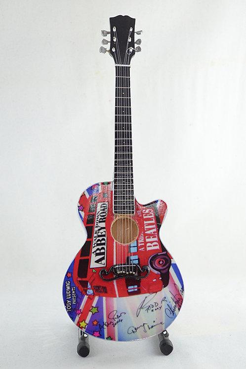 Guitarra Miniatura The Beatles