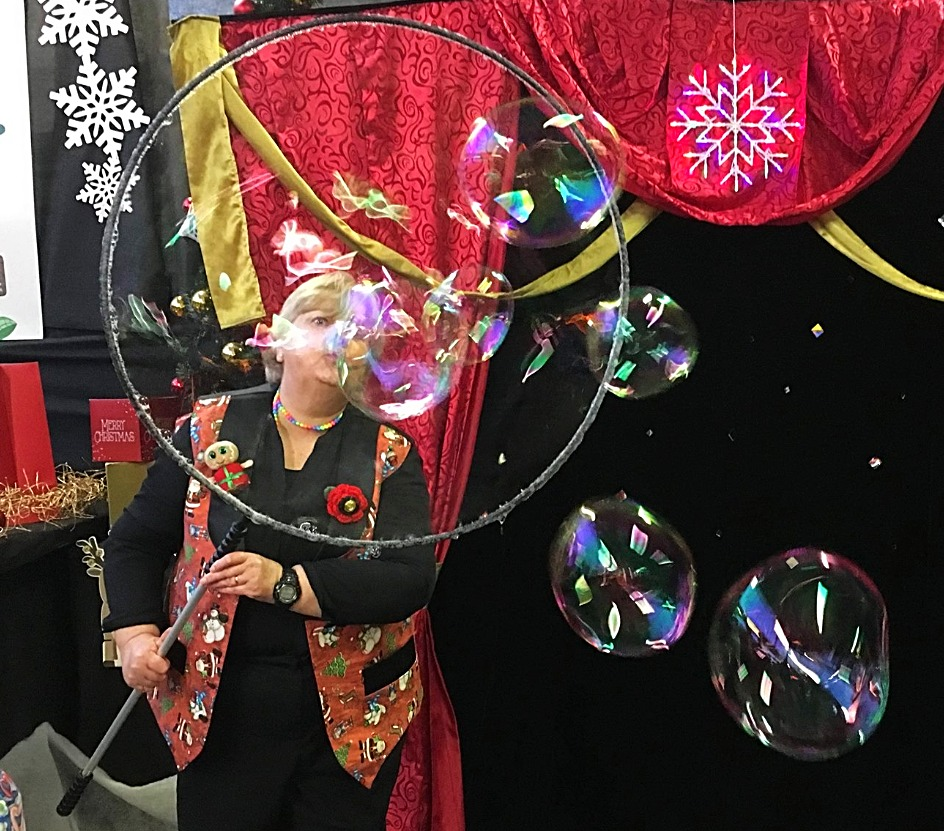 Christmas Bubble Show