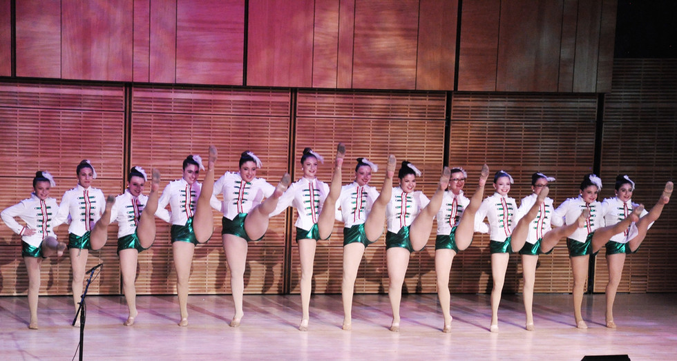 13a XmasItaly Dancers.jpg
