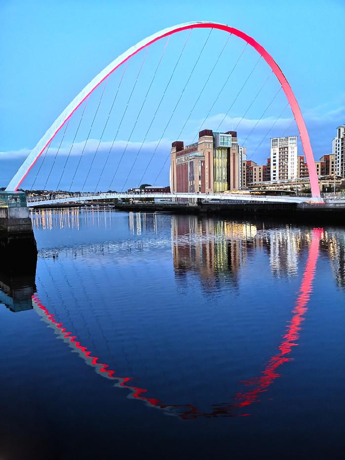 Gateshead Millenium Bridge and Baltic